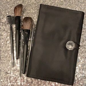 Mary Kay Full Size Makeup Brushes & Makeup Holder